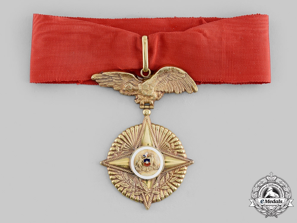 eMedals-Chile, Republic. An Order of Military Merit in Gold, I Class Commander, c.1945