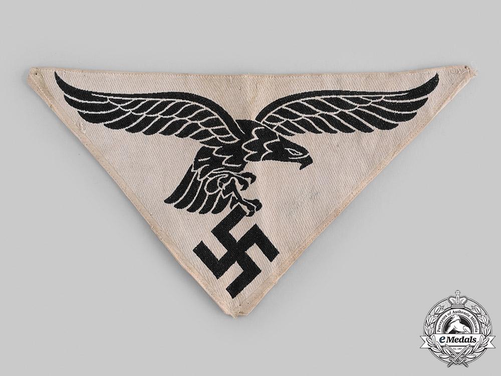 eMedals-Germany, Luftwaffe. A Luftwaffe M35 Sports Shirt Insignia