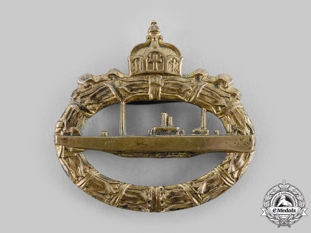 eMedals-Germany, Imperial. A Rare Submarine (U-Boat) Badge by W.H.