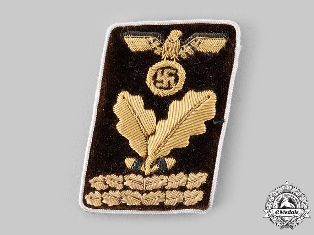 eMedals-Germany, NSDAP. A Kreis-Level Hauptbereichsleiter Collar Tab