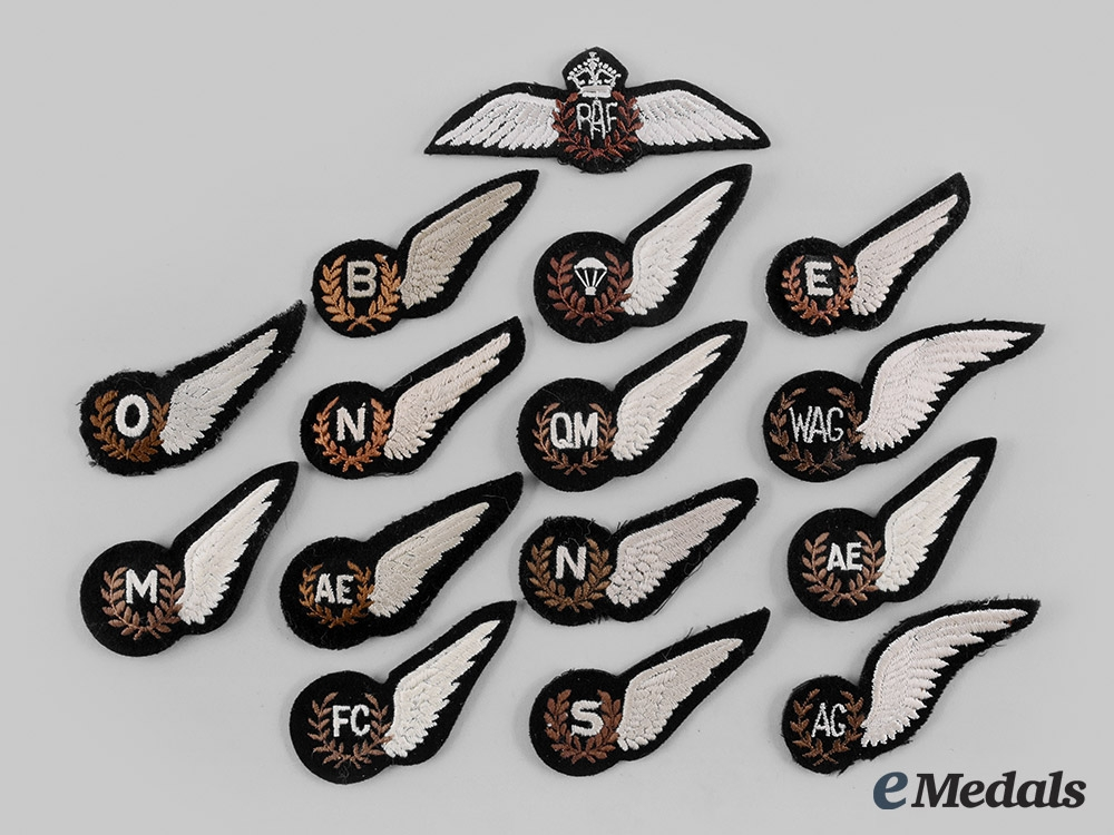 eMedals-United Kingdom. A Lot of Fifteen Royal Air Force (RAF) Badges