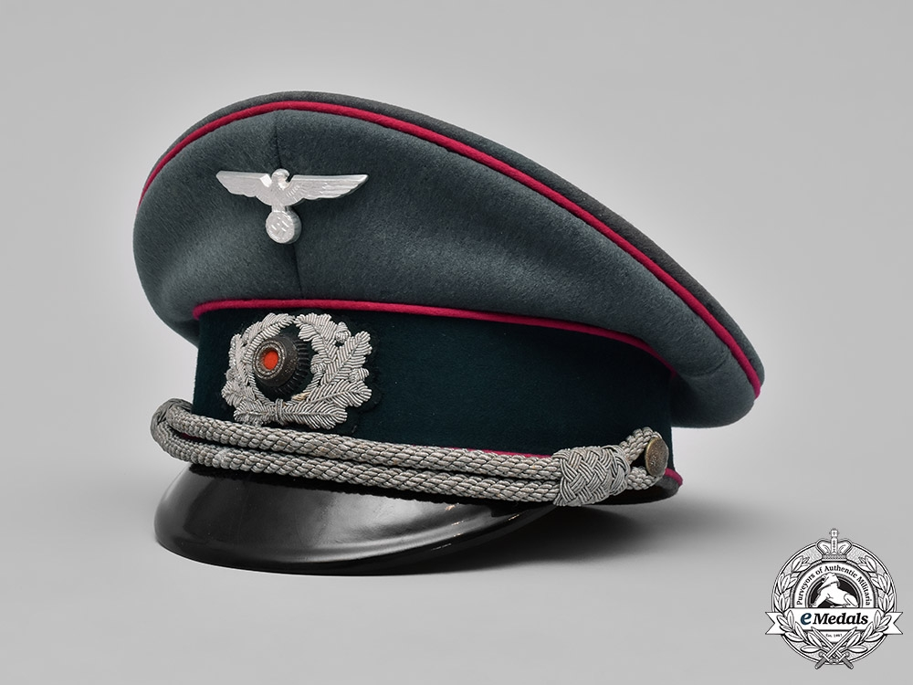 eMedals-Germany, Wehrmacht. A Veterinarian Officer's Visor Cap, by Mitzlaff & Bliedung, Named