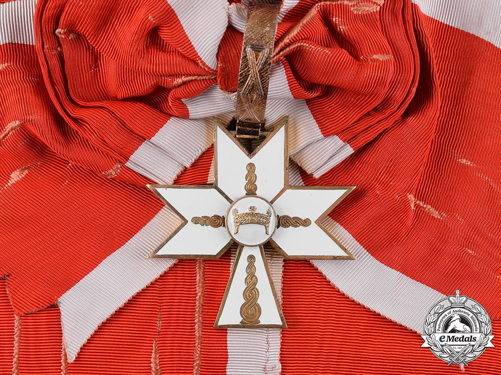 eMedals-Croatia, Republic. An Order of the Crown of King Zvonimir, I Class Sash Badge, c.1942