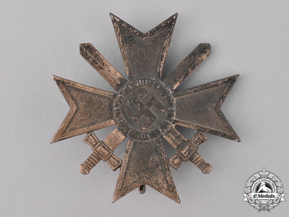 eMedals-Germany, Wehrmacht. A War Merit Cross, I Class with Swords, by C.F. Zimmermann