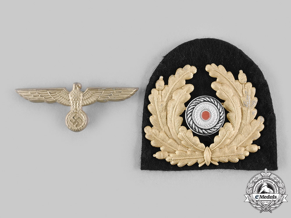 eMedals-Germany, Kriegsmarine. A Set of Kriegsmarine Visor Cap Insignia