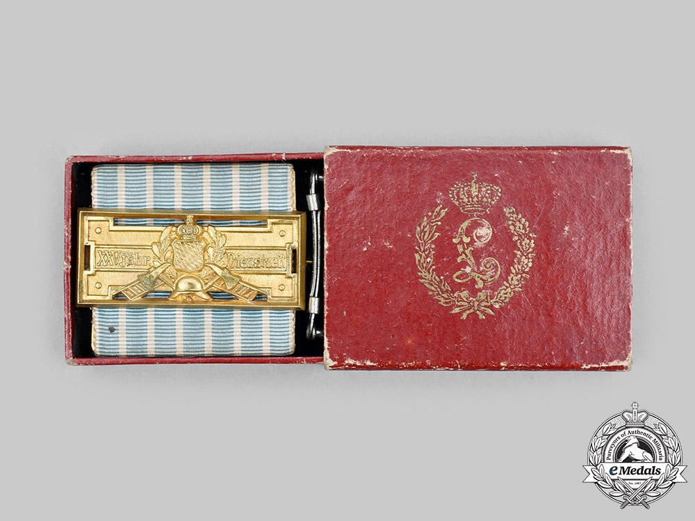eMedals-Bavaria, Kingdom. A Bavarian Fire Brigade 25-Year Long Service Badge, with Case, by Jacob Leser