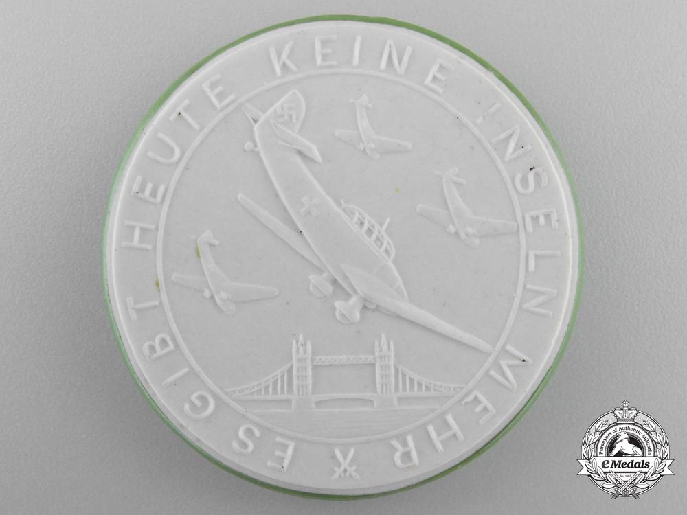 eMedals-A Rare 1940-1941 German Blitzkrieg Upon Britain Medal