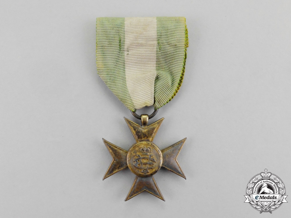 eMedals-Italy. A Long Service Cross for Twenty-Five Years' Service, Gold Grade