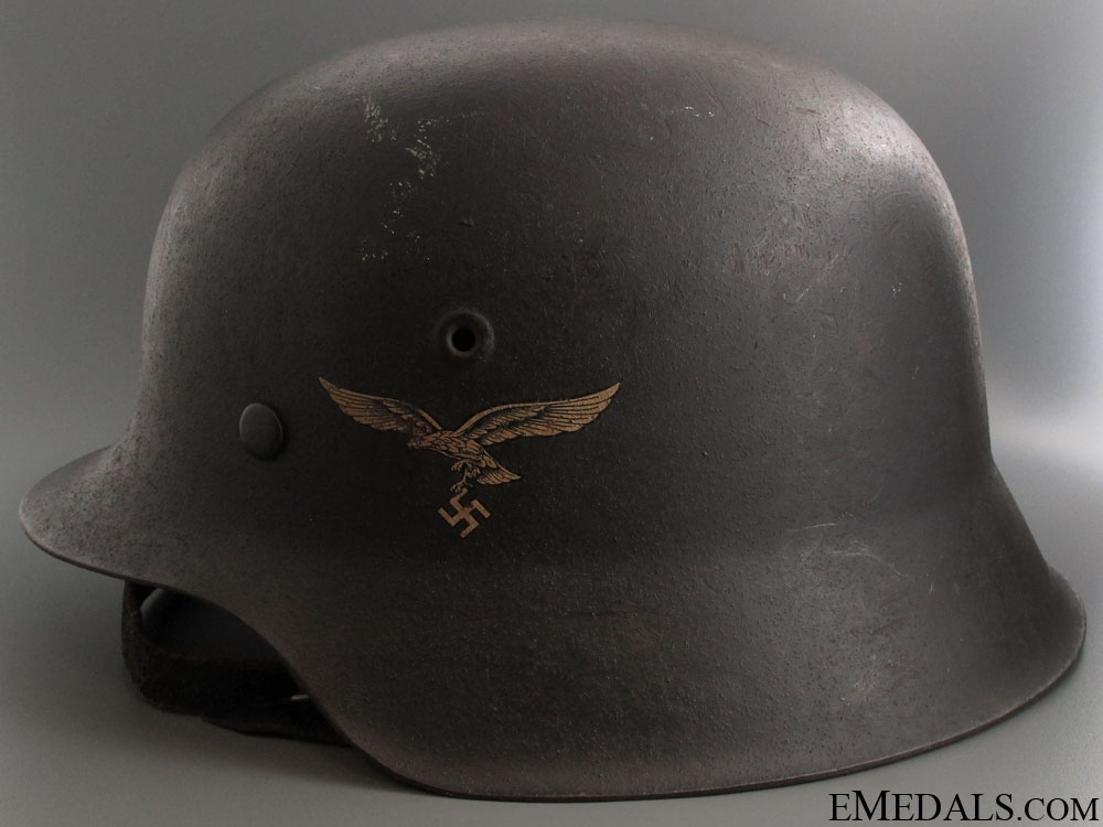 eMedals-Model 1942 Single Decal Luftwaffe Combat Helmet