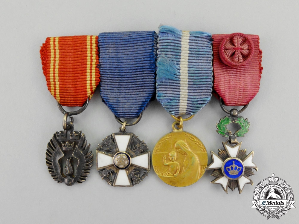 eMedals-Sweden, Kingdom.  A Fine Group of Four Miniature Medals