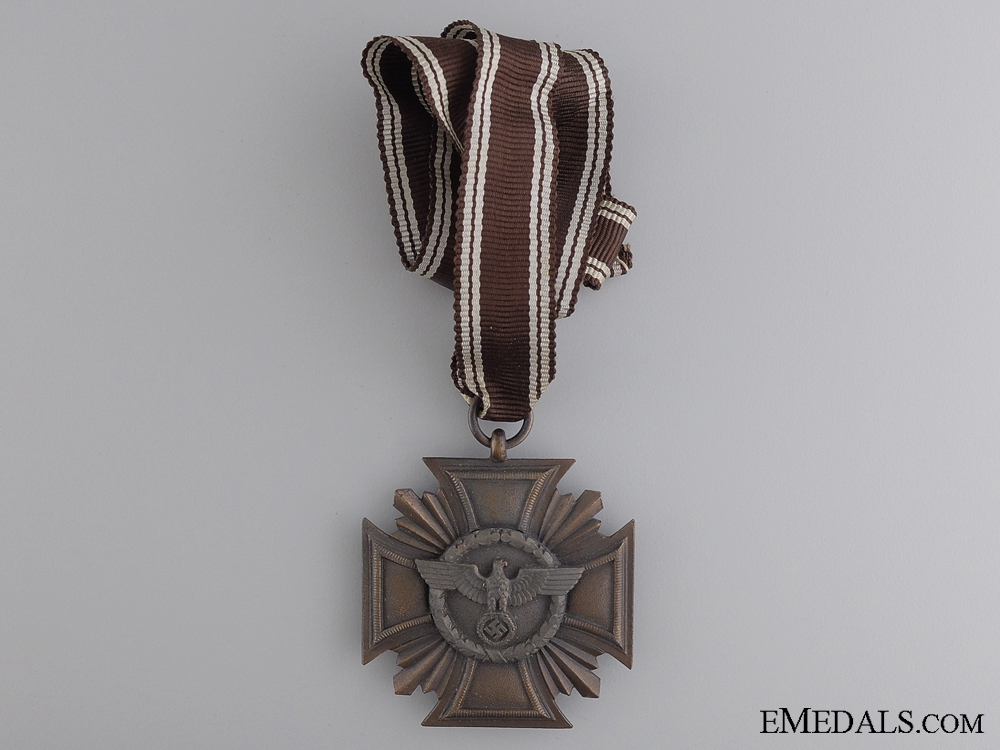 eMedals-An NSDAP Long Service Award with Ladies Ribbon
