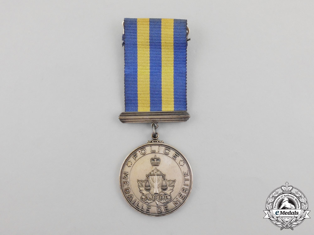 eMedals-A Canadian Association of Chiefs of Police Service Merit Medal
