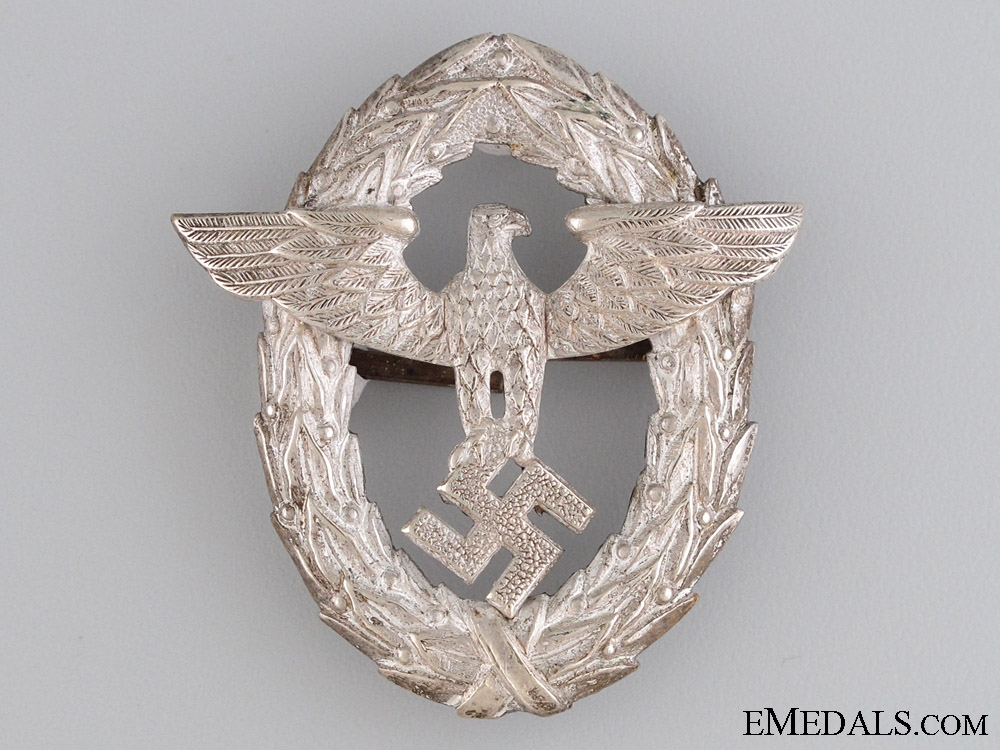 eMedals-Police Officer's Visor Cap Insignia, 1st. Pattern