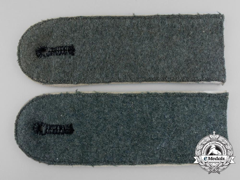eMedals-A Set of Army Infantry Enlisted Man's Shoulder Boards