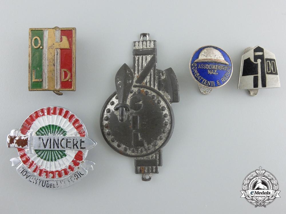 eMedals-Five Second War Period Italian Fascist Badges