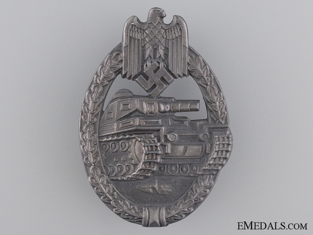 "eMedals-Silver Grade Tank Assault Badge; Marked ""RS"""