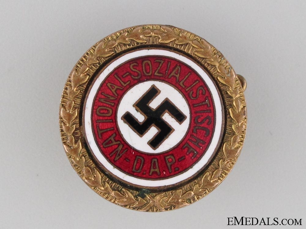 eMedals-Small NSDAP Golden Party Badge