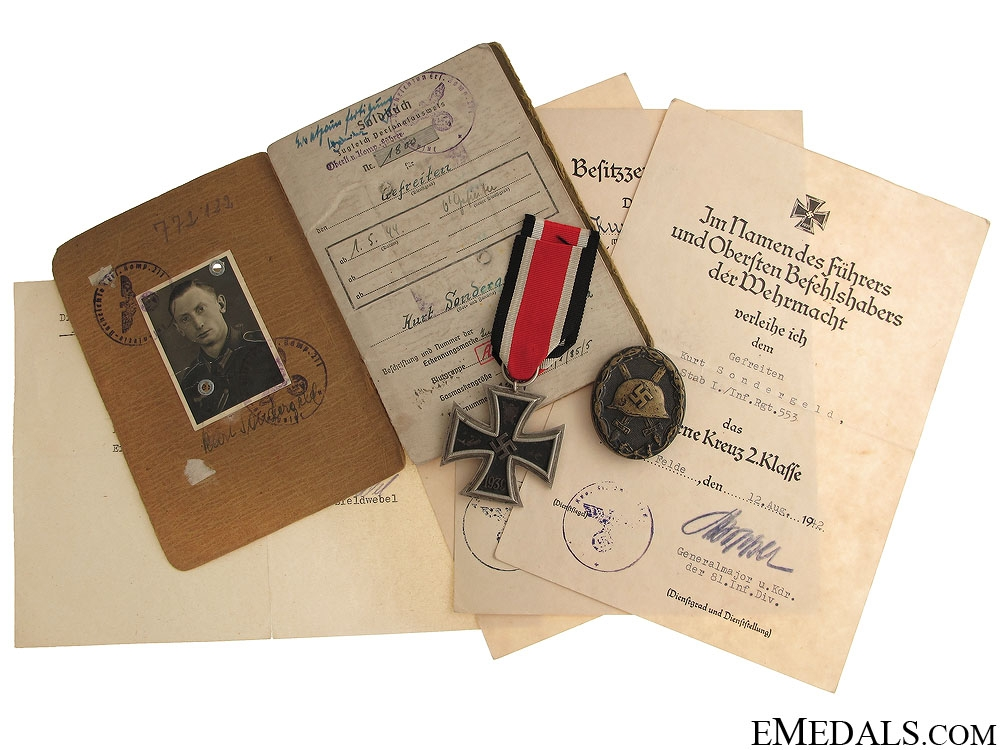 eMedals-Soldbook to the 553rd Grenadier-Regiment
