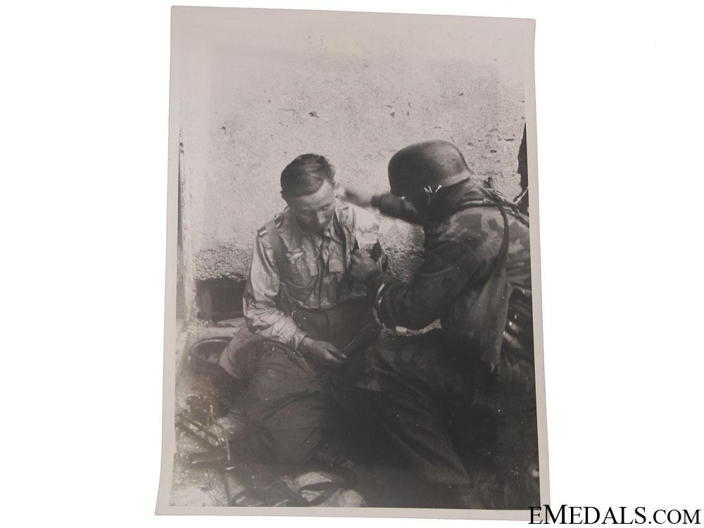 eMedals-Superb Fallschirmjäger Photo – Drvar, Bihac 1944