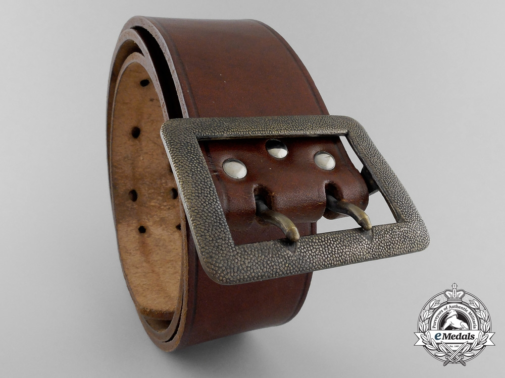 eMedals-A Double Open-Claw Buckle with Brown Belt