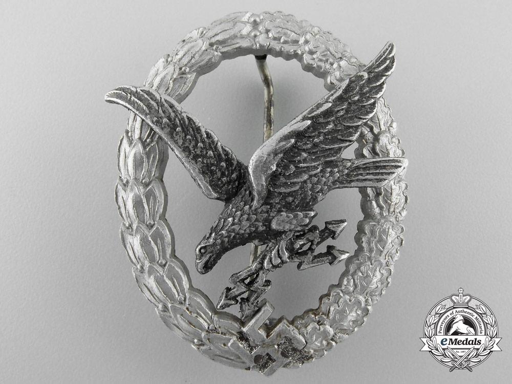 eMedals-Germany, Luftwaffe. A Radio Operator & Air Gunner Badge, Aluminum Version, by Assmann