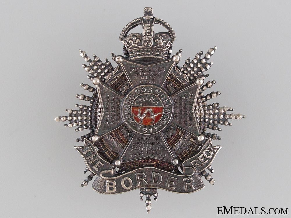 eMedals-The Border Regiment Officer's Forage Cap Badge