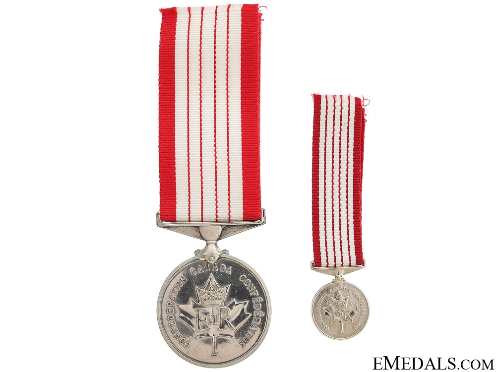 eMedals-The Canadian Centennial Medal 1967