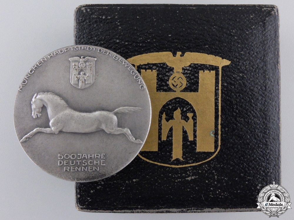 eMedals-A 1936 German Race in Munich Medal with Case