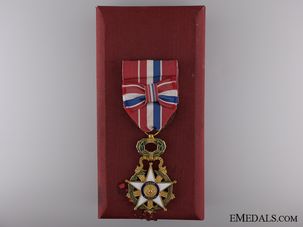 eMedals-The Merit Order of Paraguay; Officer's Badge