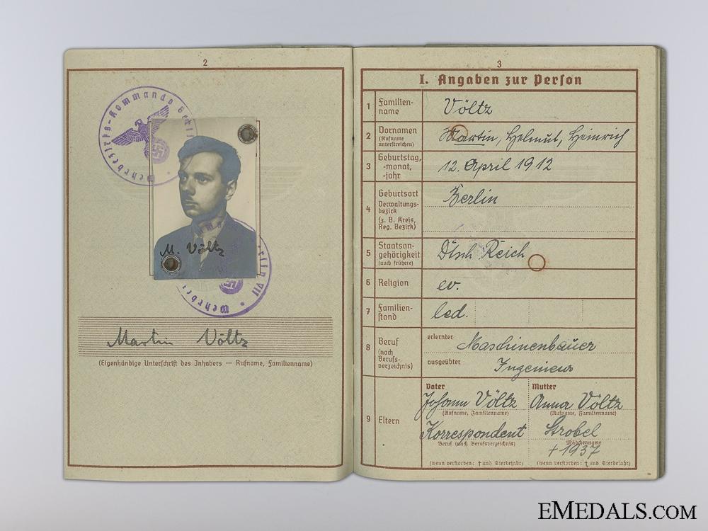 eMedals-The Wehrpass & Driver's License of Martin Völtz