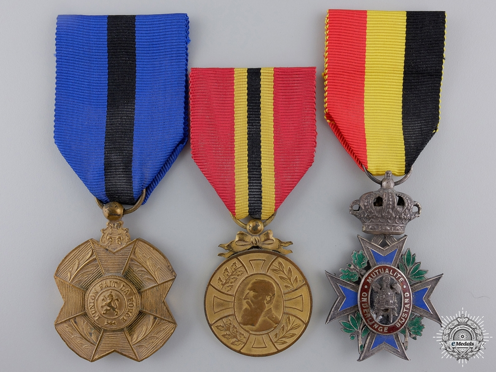 eMedals-Three Belgian Medals and Awards