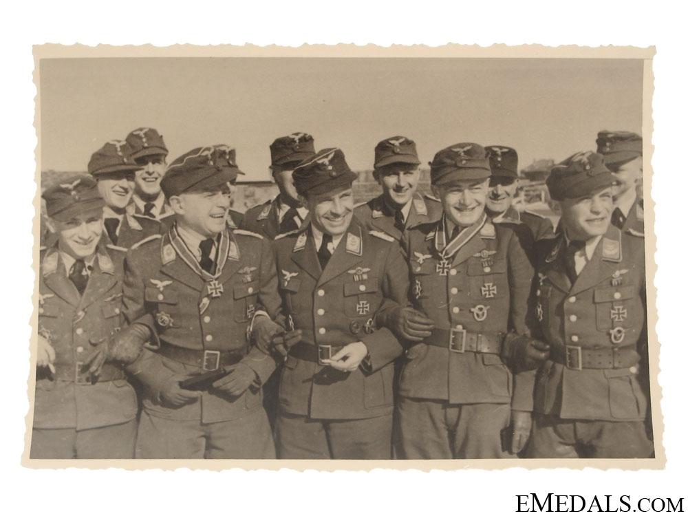 eMedals-Three Luftwaffe Knight's Cross Winners Photograph