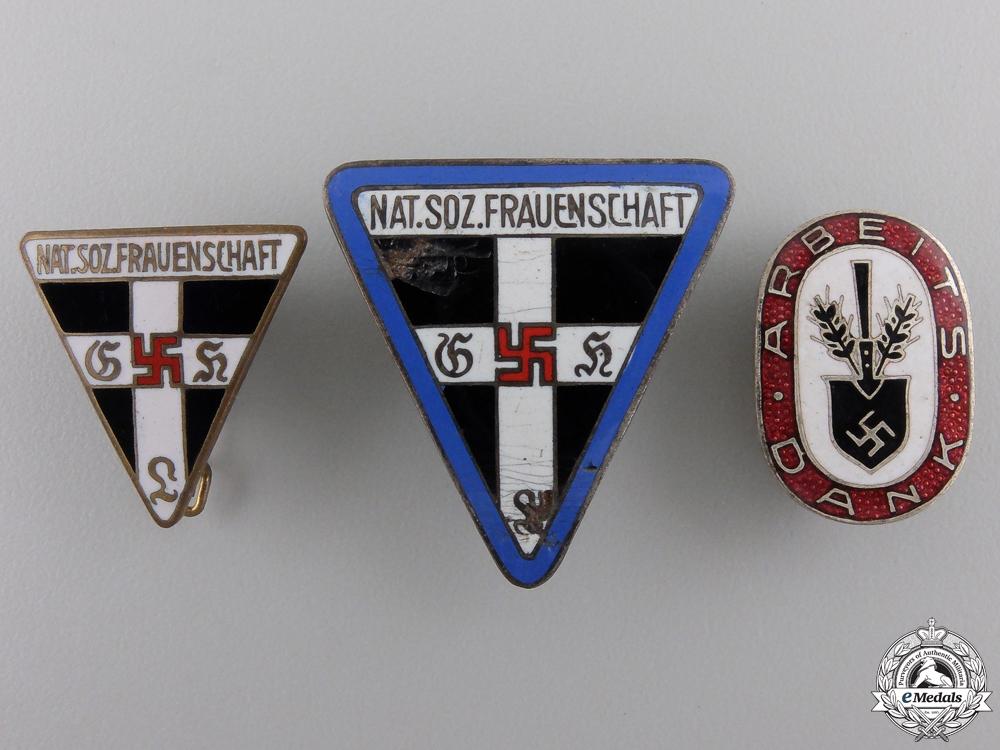 eMedals-Three Second War German Membership Badges