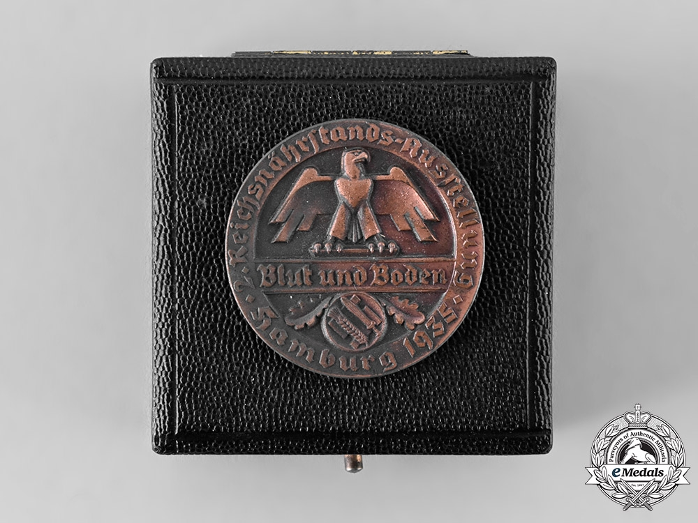 eMedals-Germany, RNST. A 1935 Hamburg Reichsnährstand Merit Medal for Butter Production, with Case