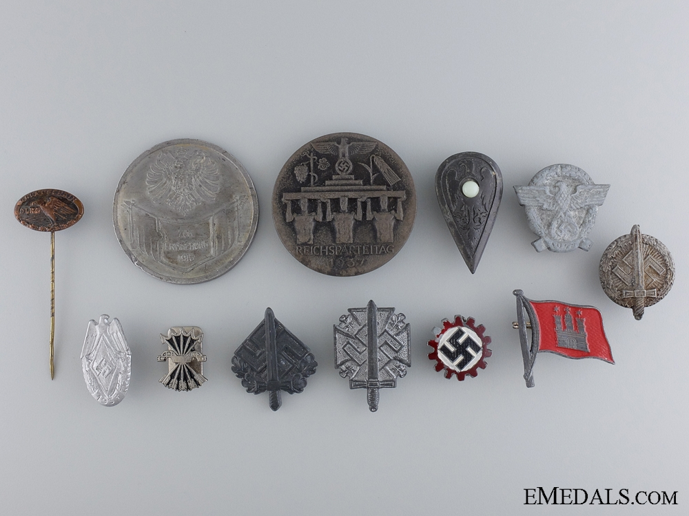 eMedals-Twelve German Assorted Badges