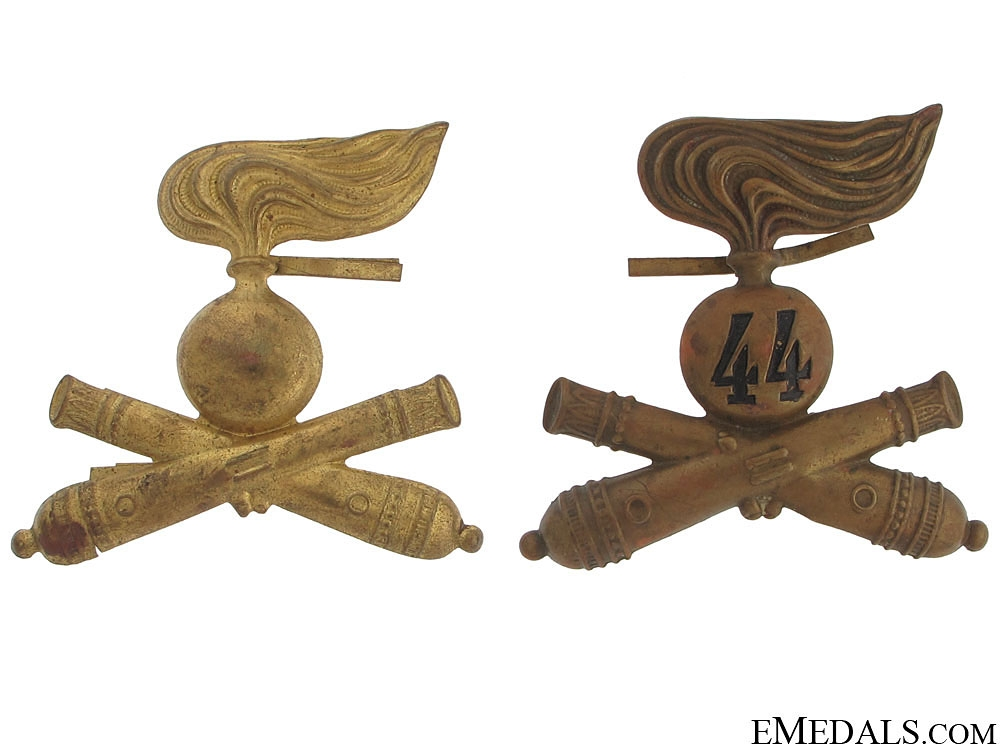 eMedals-Two Italian Artillery Hat Badges