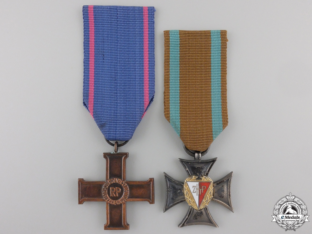 eMedals-Two Polish Crosses