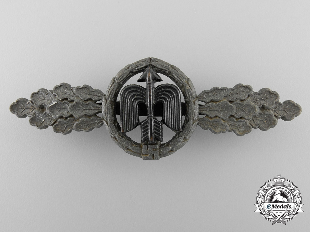 eMedals-Germany, Luftwaffe. A Short Range Fighter Clasp, Bronze Grade, by G.H. Osang