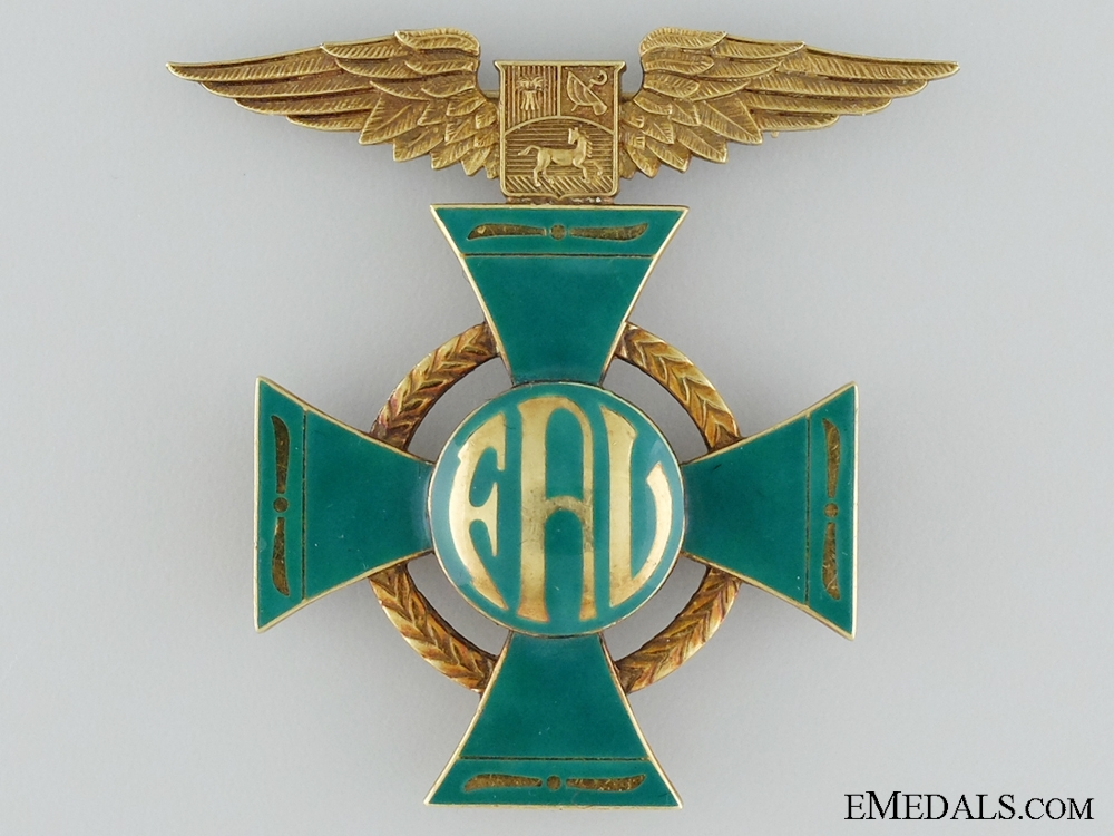 eMedals-A Rare Venezuelan Aviation Decoration in 18Kt Gold