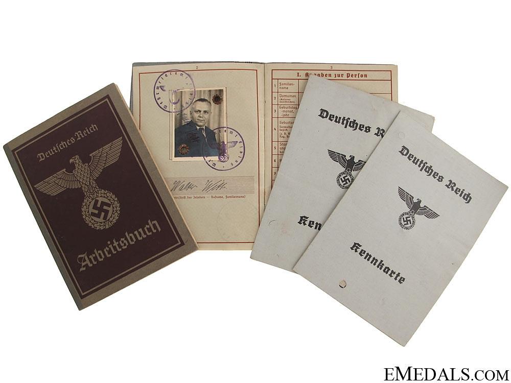 eMedals-Wehrpass, 2 Keenkarte & Arbeitsbuch