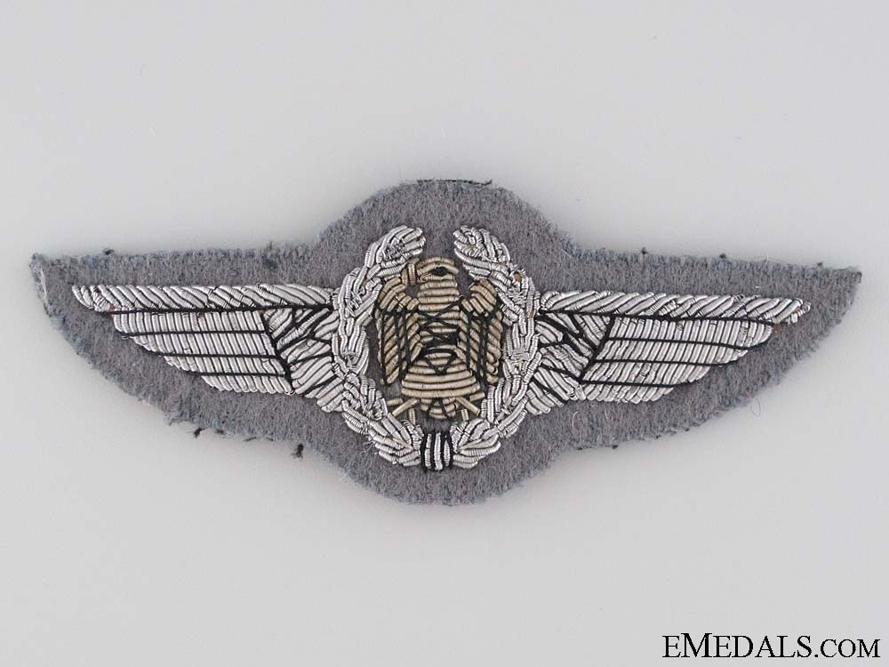 eMedals-West German Air Force Pilot's Wings Badge