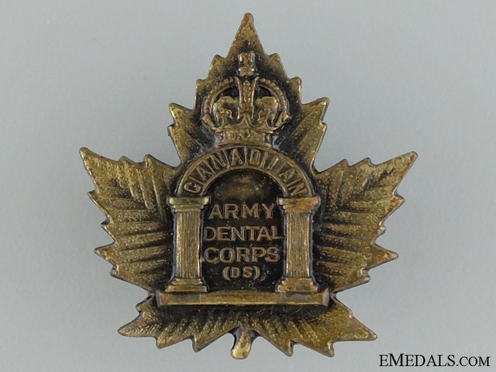 eMedals-WWI Canadian Army Dental Corps Collar Badge