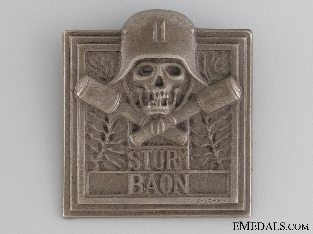 eMedals-WWI German/Austrian Sturmbattalion 11 Badge
