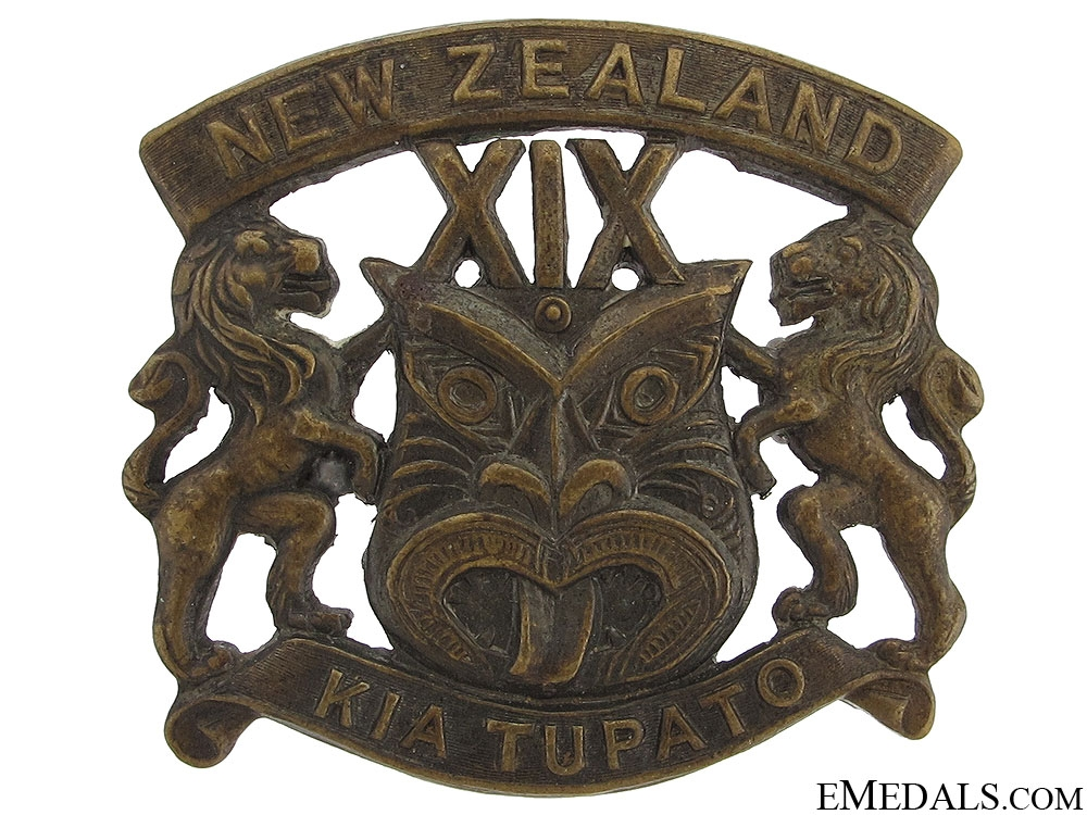 eMedals-WWI New Zealand 19th Reinforcements Cap Badge