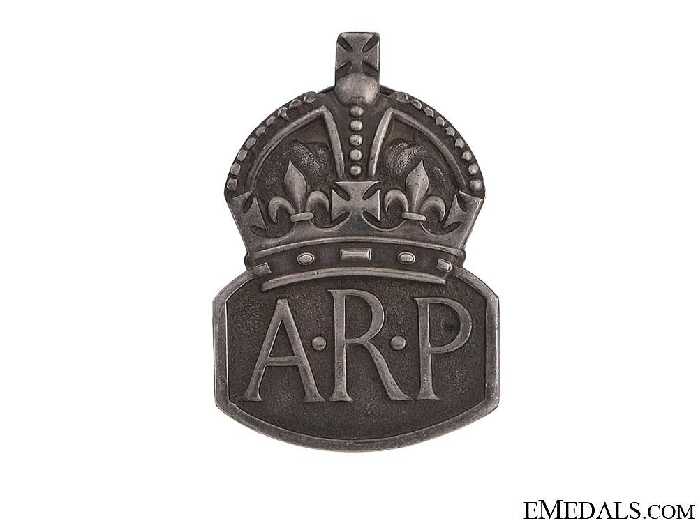 eMedals-WWII Air Raid Precautionary (ARP) Service Badge