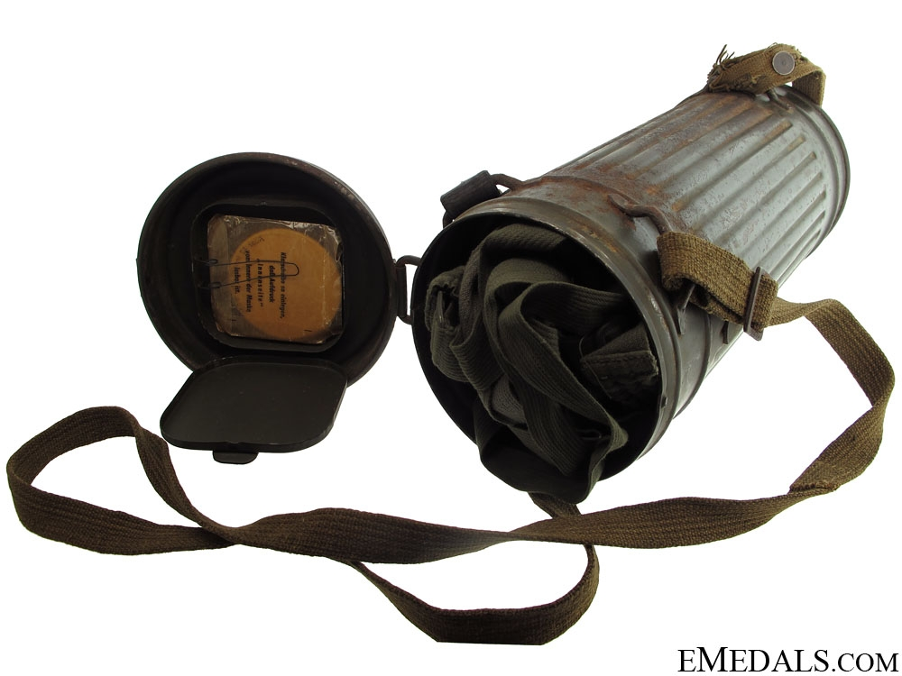 eMedals-WWII German M30 Gas Mask