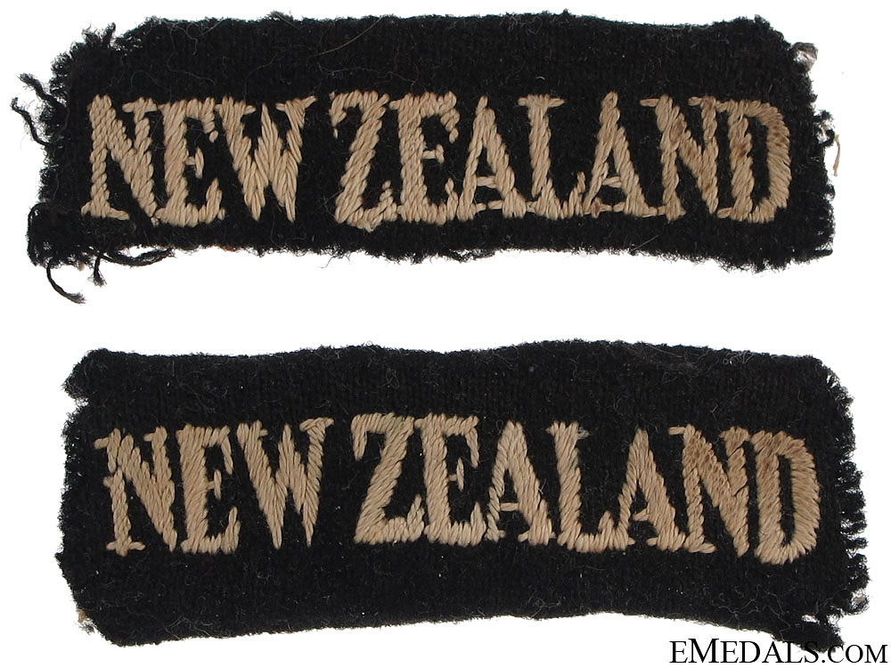 eMedals-WWII New Zealand Shoulder Flashes