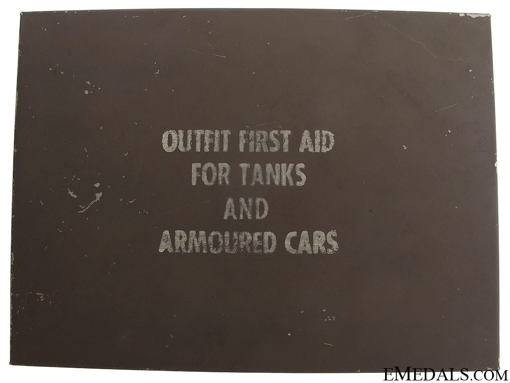 eMedals-WWII Tanks and Armoured Cars First Aid Kit