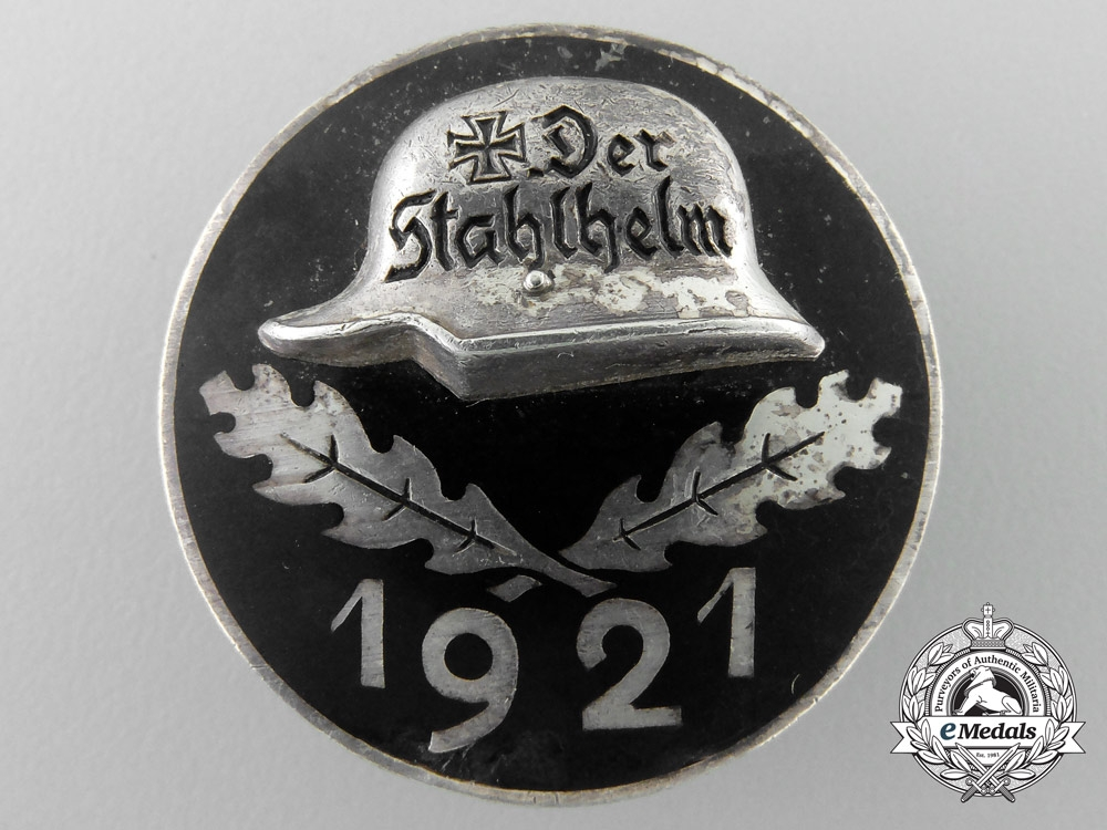eMedals-A 1921 Stahlhelm Membership Badge in Silver