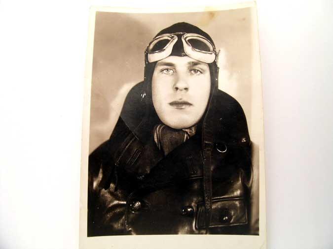 eMedals-PHOTO OF PILOT 1936